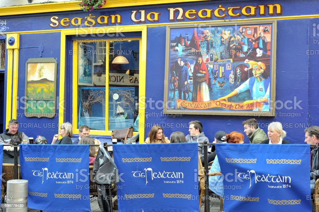 Tigh Neachtain Irish traditional shop street side stock photo