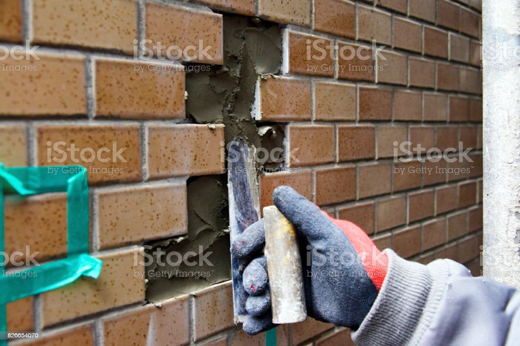 Tile construction: Mortar bed stock photo