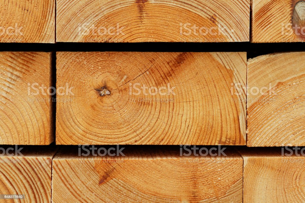 Timber Background: Annual Rings Texture of Piled Pine Construction Boards – Foto