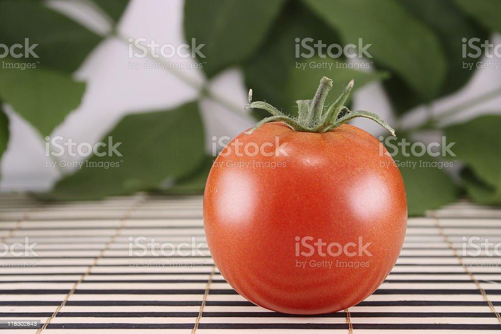 Pomidor na drewnianym Serwetka zbiór zdjęć royalty-free