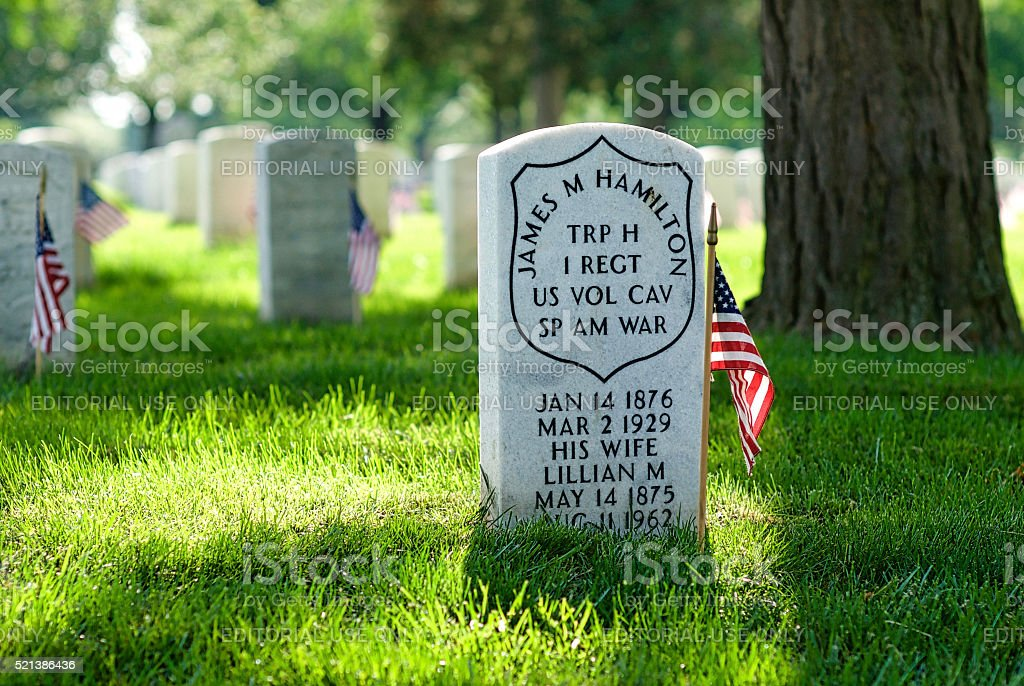 Tombstone, U.S. Flag, Spanish-American War, Arlington National Cemetery stock photo