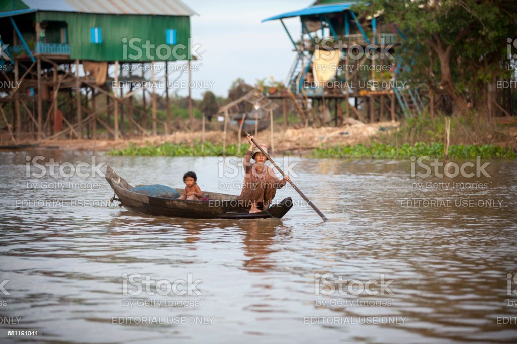 Tonle Sap, Living and working on water stock photo