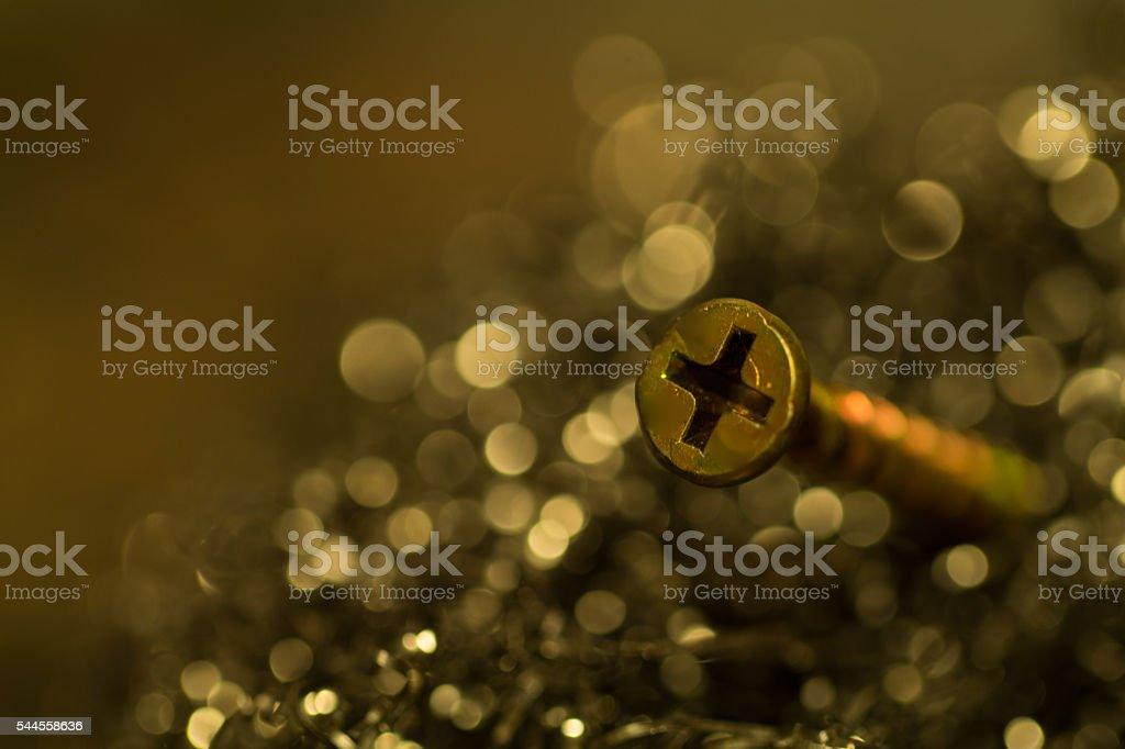 tornillo de bronce stock photo