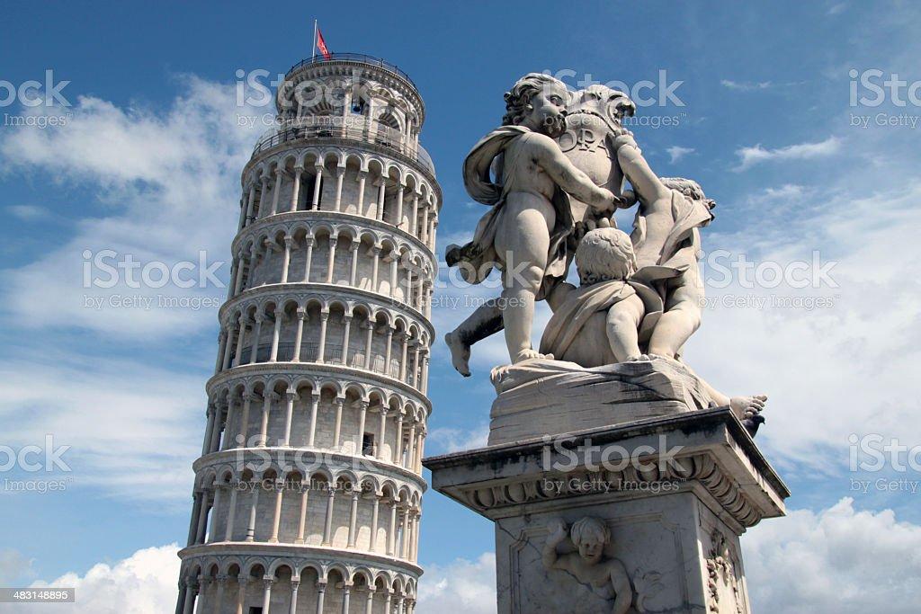 Torre di Pisa e fontana dei putti (2) stock photo