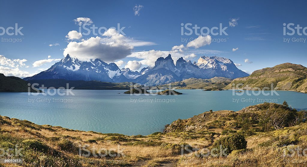 Torres del Paine National Park: Lake Pehoe & Los Cuernos stock photo
