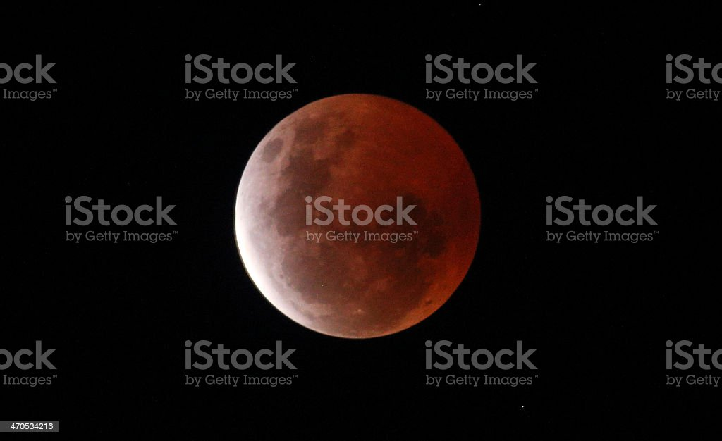 total eclipse lunar blood moon lune sang stock photo