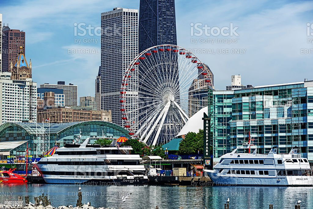 Tour boats at Navy Pier, downtown Chicago stock photo