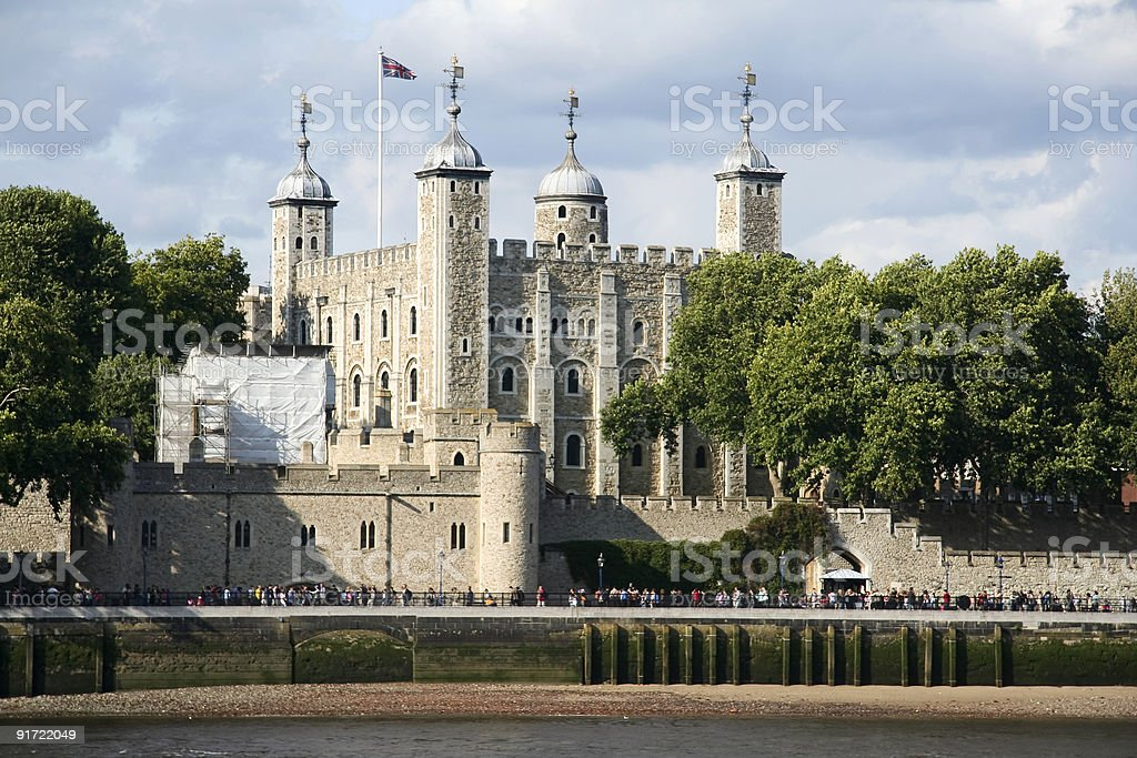 tourists crowd tower of london castle england stock photo