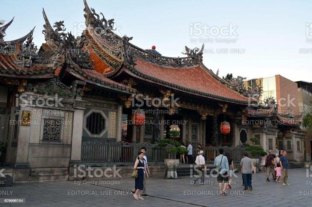 Tourists sightseeing at Longshan Temple, Taipei, Taiwan stock photo