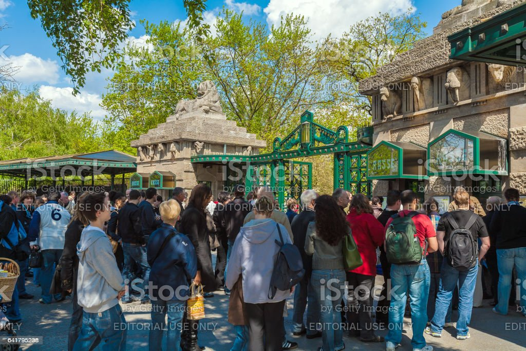 BERLIN, GERMANY - APRIL 2, 2008: Tourists stand in line to get into the zoo stock photo
