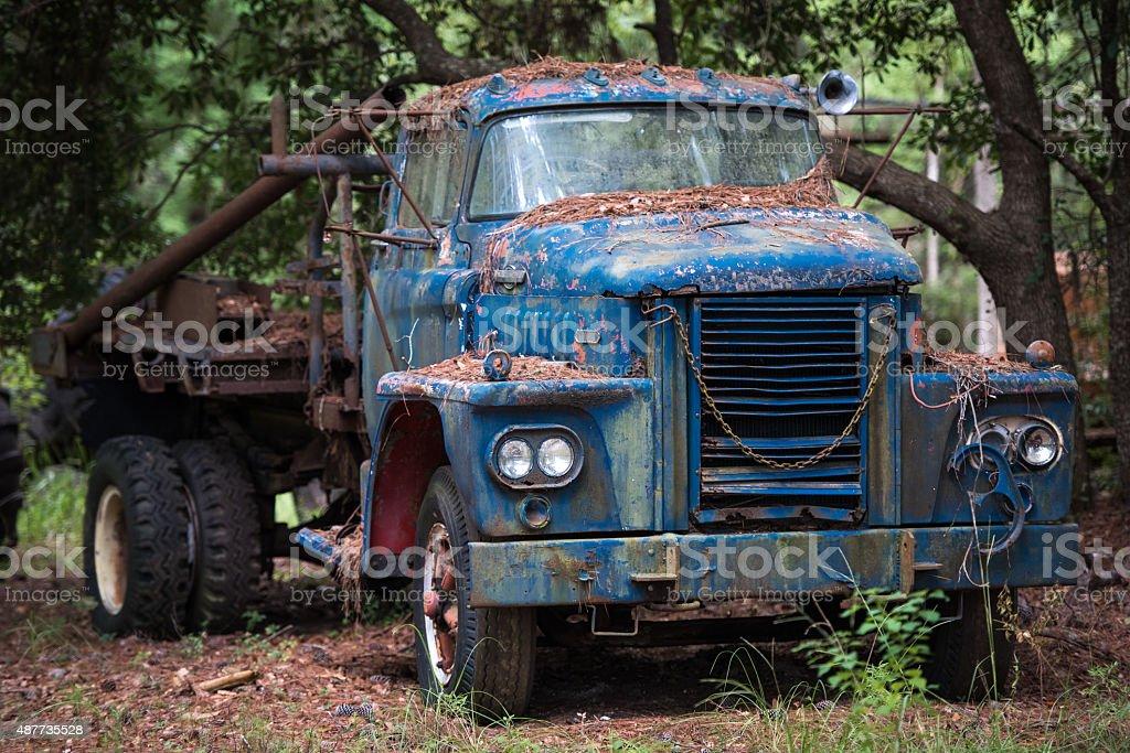 Tow Truck In Junk Yard stock photo 487735528   iStock