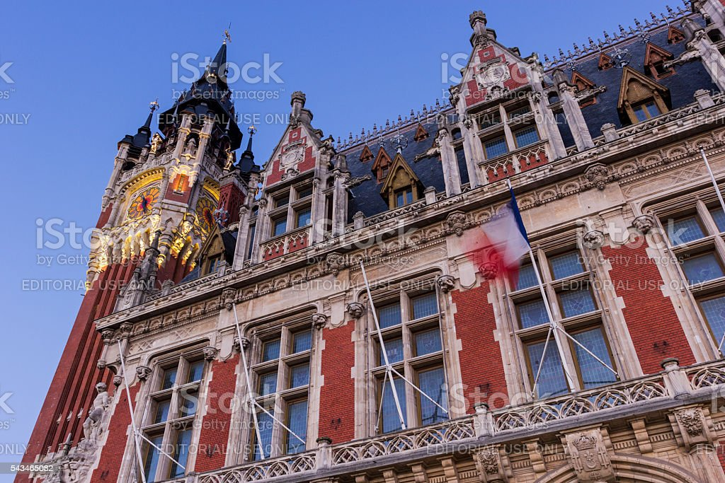 Town hall at Place du Soldat Inconnu in Calais stock photo