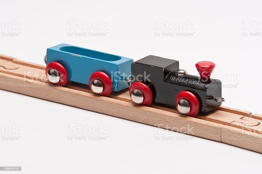 Jouet Train avec blue Waggon, sur les pistes photo libre de droits