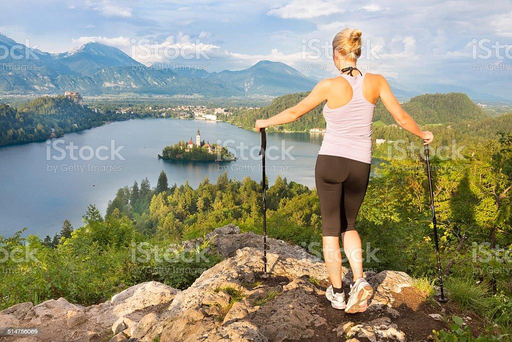 Tracking Runde Bled See in Julianische Alpen, Slowenien. Lizenzfreies stock-foto