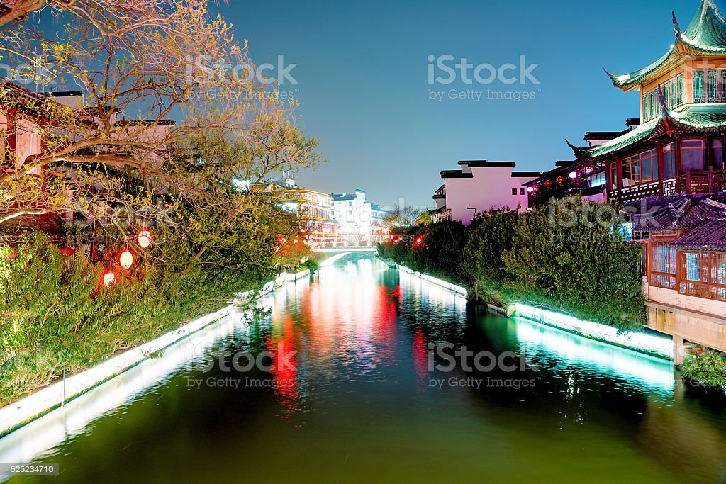 Traditional chinese buildings along the Qinhuai river stock photo