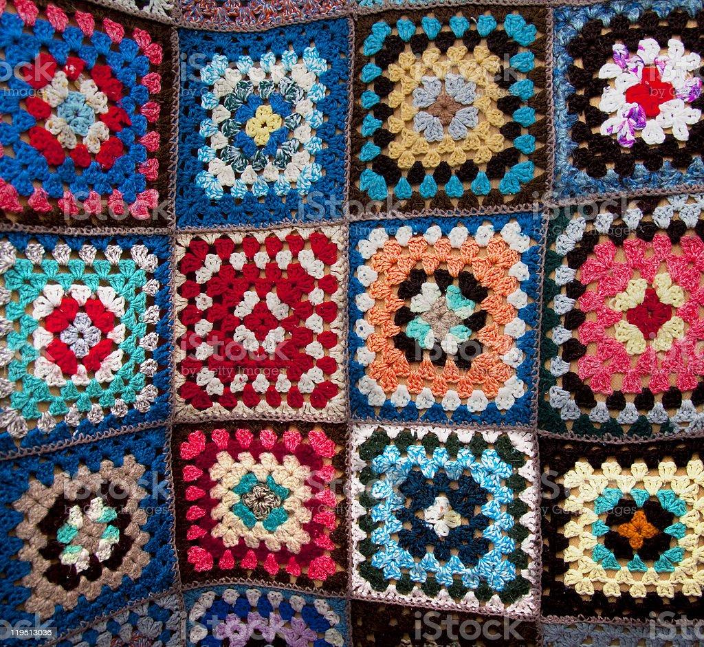 Traditionelle Blume geometrische Muster auf dem Bett-cover Lizenzfreies stock-foto