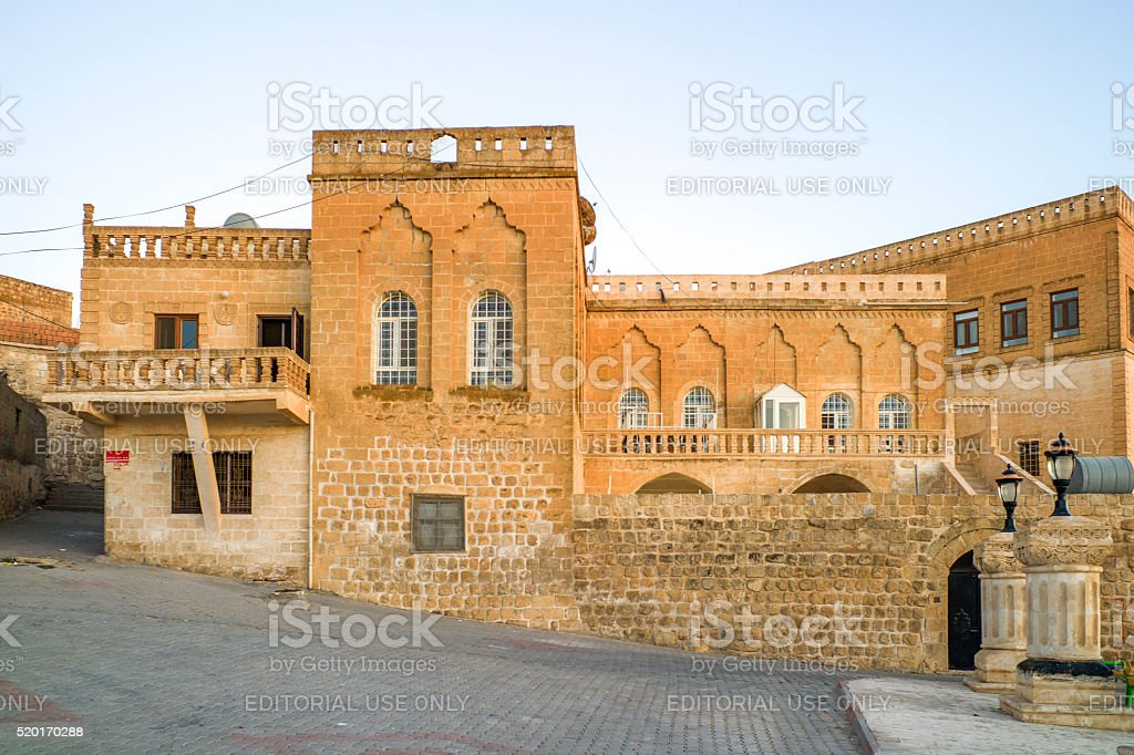 traditional old stone syrian houses at midyat mardin turkey stock photo