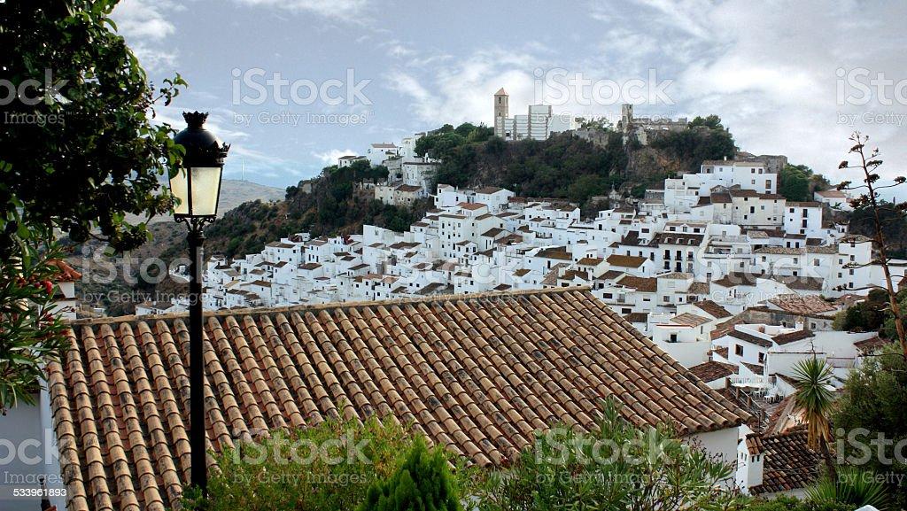 Branco Aldeia tradicional no Sul de Espanha foto de stock royalty-free
