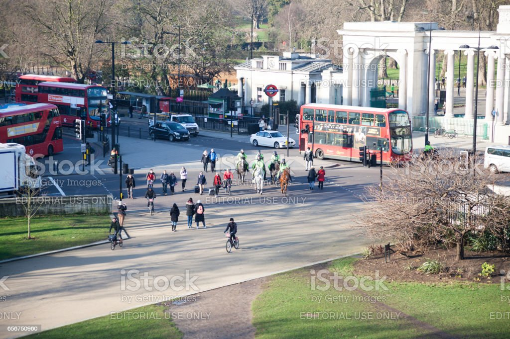 traffic, and passers-by near Hyde Park Corner London stock photo
