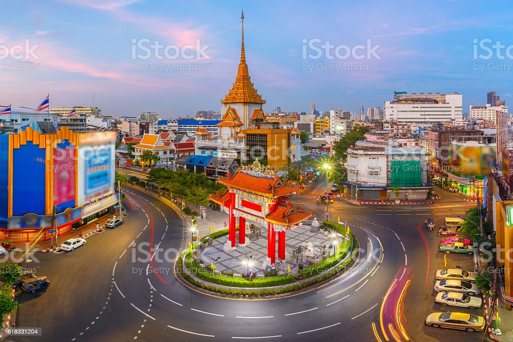 Traffic passes through Chinatown at Odeon Roundabou stock photo