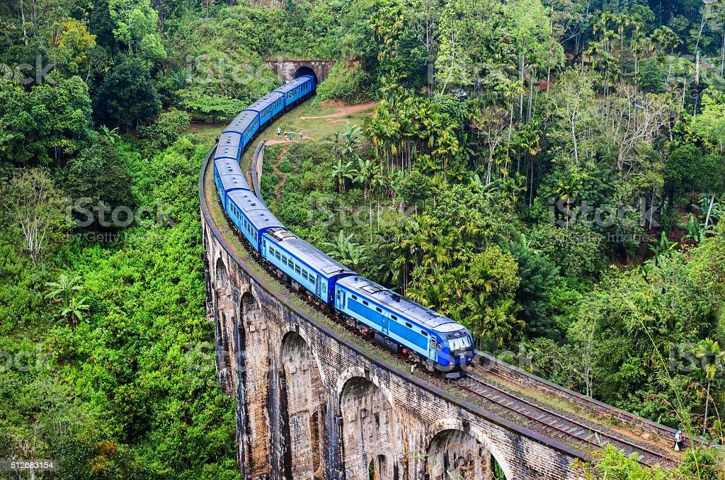 Train on Mountain, Sri Lanka Nine Arch Bridge stock photo