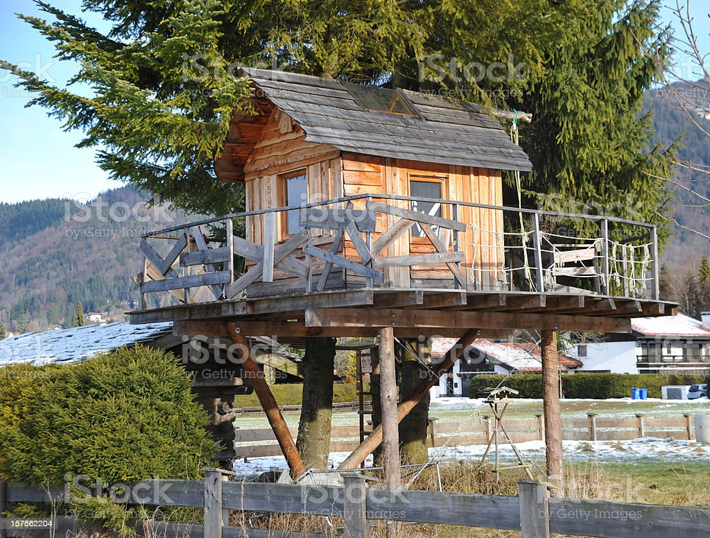 tree house - Baumhaus stock photo
