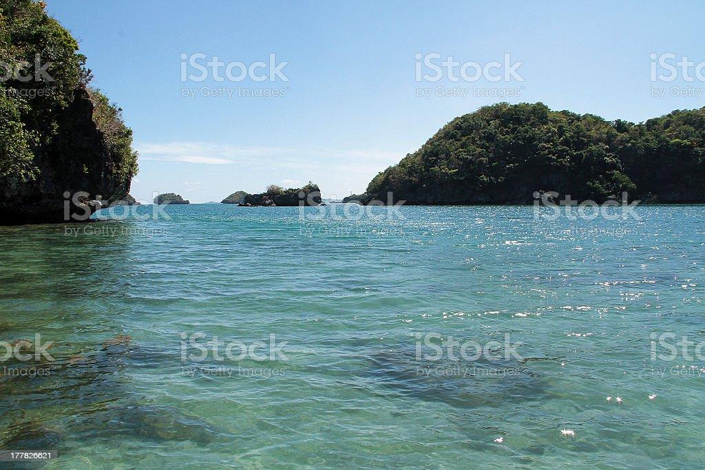 Isole tropicali e acque cristalline foto stock royalty-free