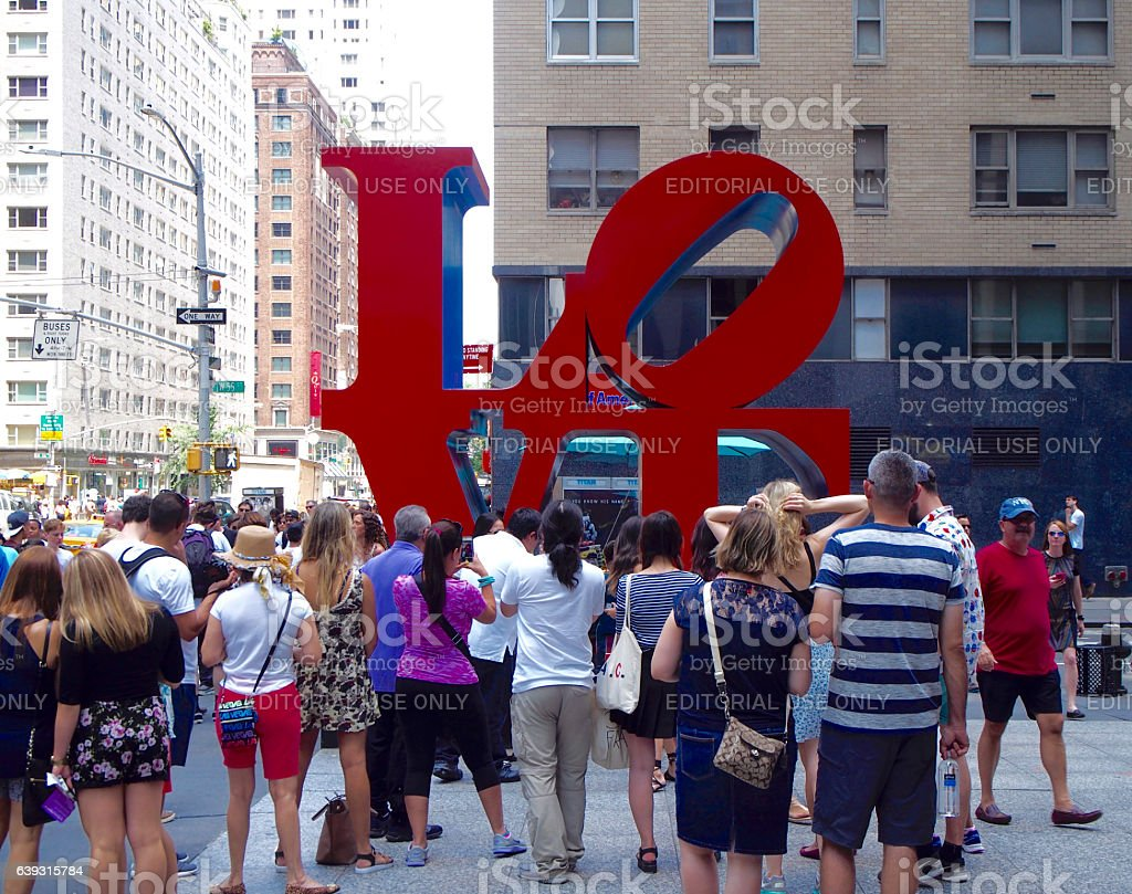 Turists taking photos to love sculture in New York stock photo