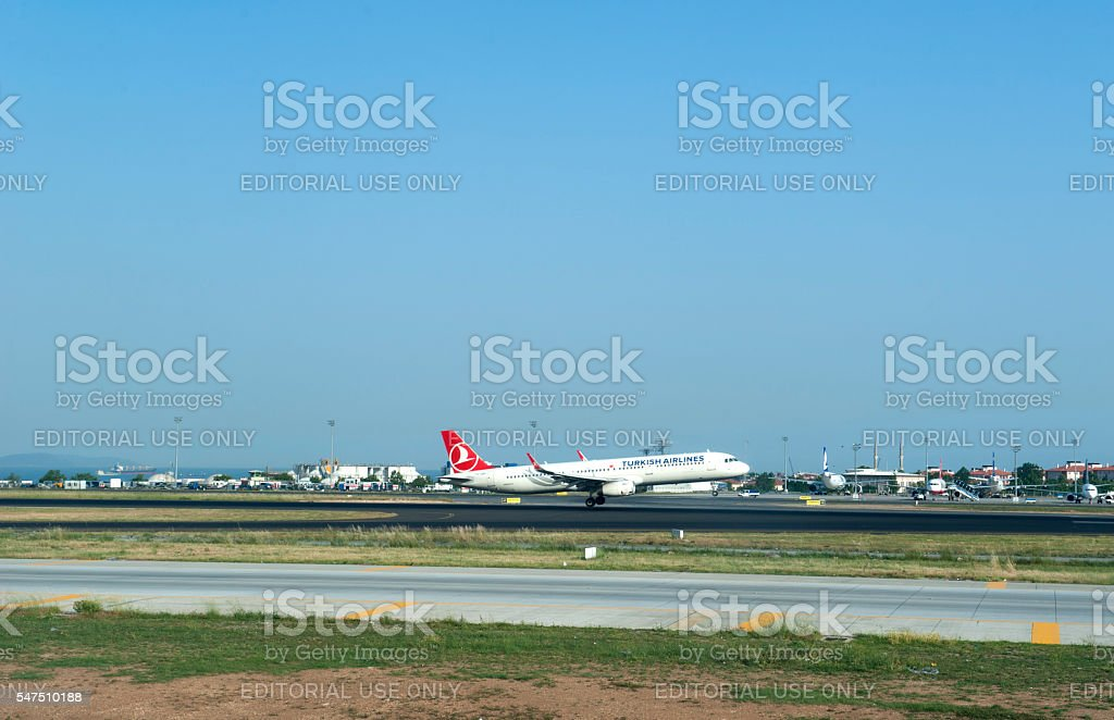 THY, Turkish Airlines airplanes landing stock photo