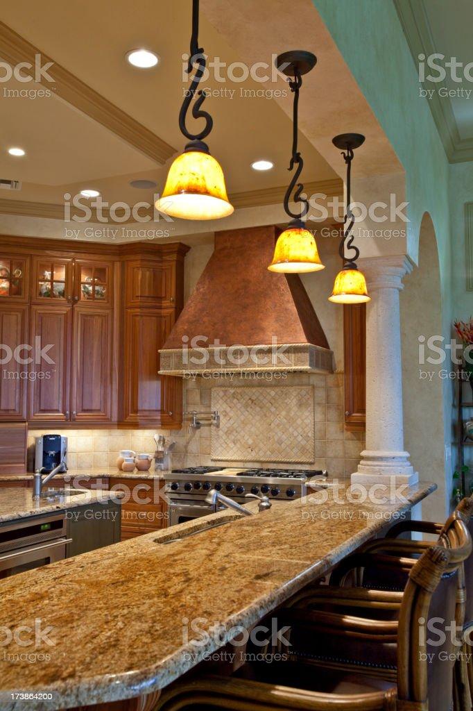 Free stile toscano cucina con granito rame ampio angolo di for Piani di casa in stile toscano