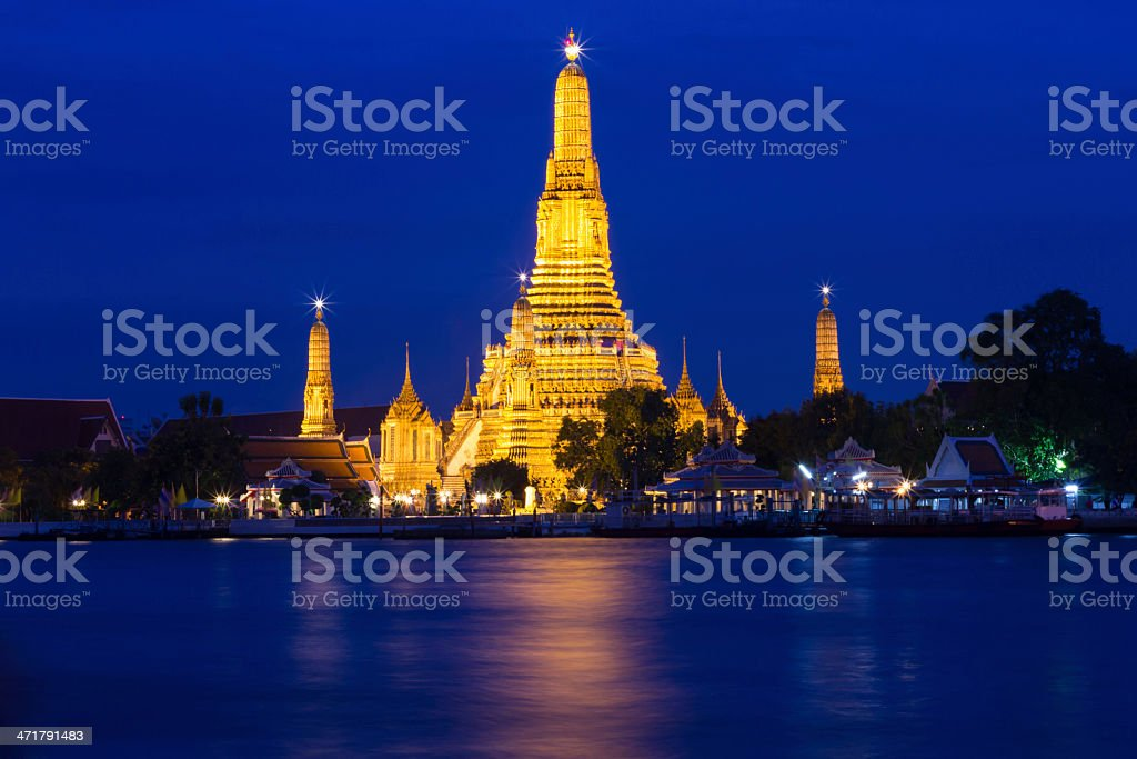 Twilight of Wat Arun Buddhist religious places royalty-free stock photo