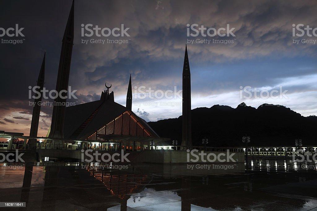 Twilight Shah Faisal Mosque Islamabad Pakistan stock photo