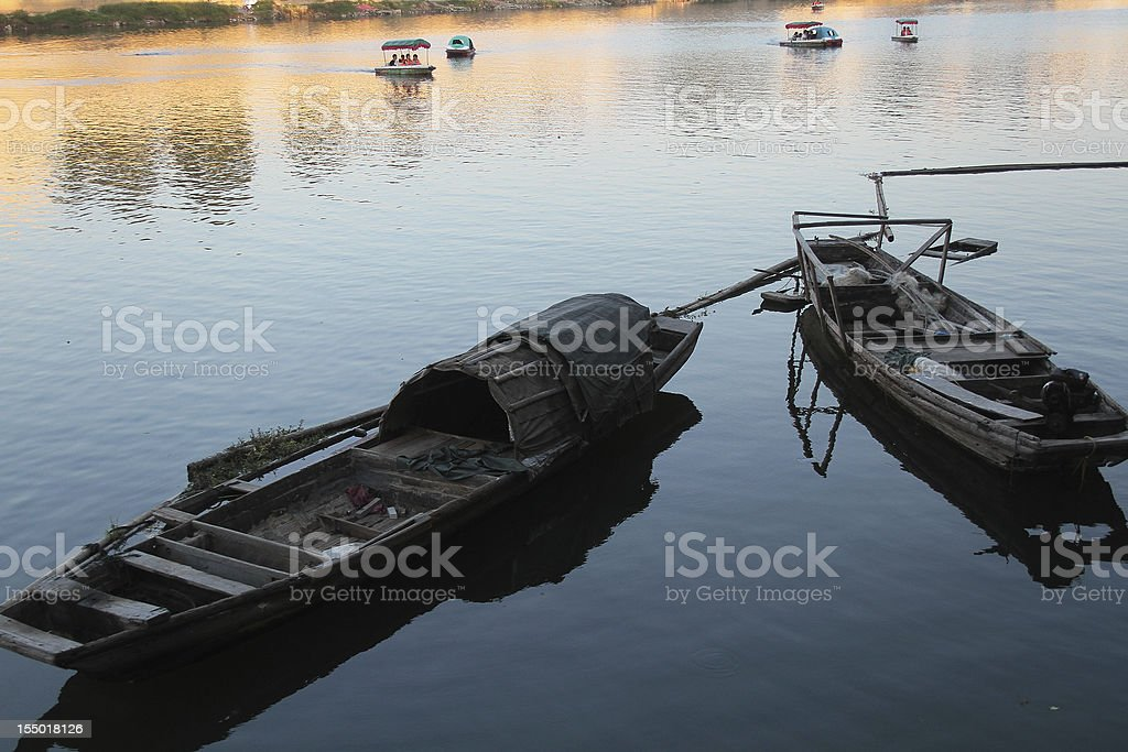 Due imbarcazioni cinese sul fiume Chang, Jingdezhen foto stock royalty-free