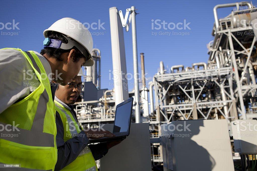 Zwei Ingenieur Kraft und Energie Lizenzfreies stock-foto