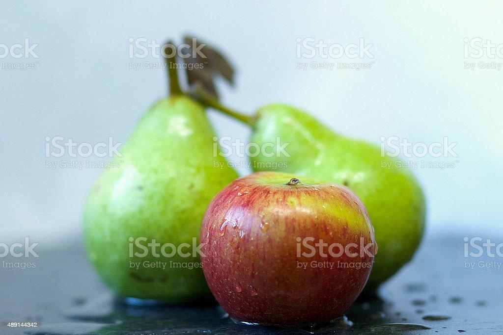 Due pere & una mela foto stock royalty-free