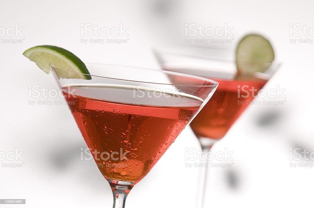 Dos rojo martinis foto de stock libre de derechos