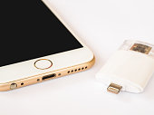 Two way external storage and Apple iPhone