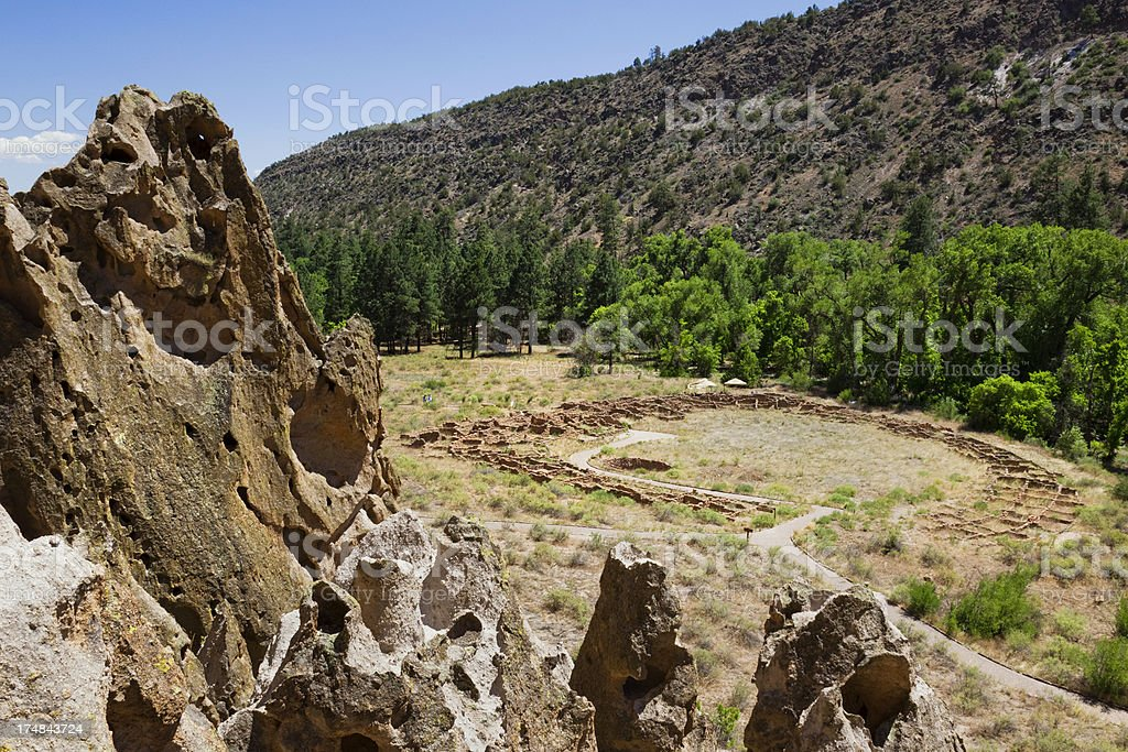 Tyuonyi Pueblo Ruins - Bandelier National Monument stock photo