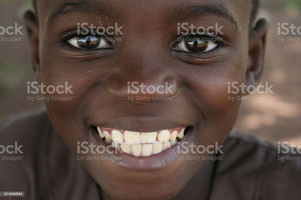 Un garcon souriant stock photo