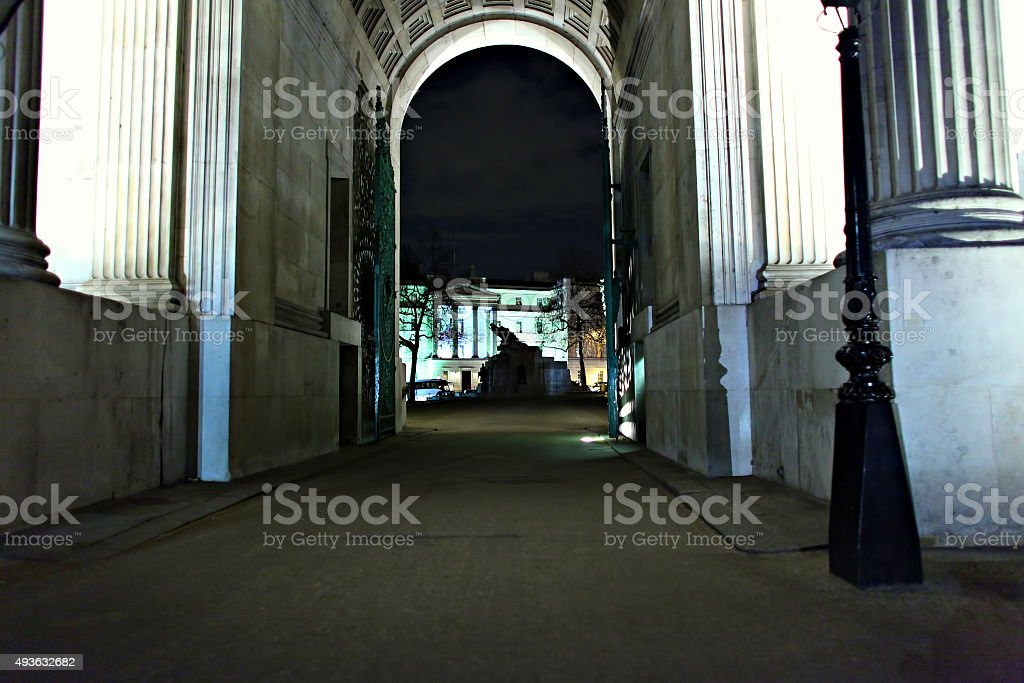 Under Wellington Arch at night stock photo