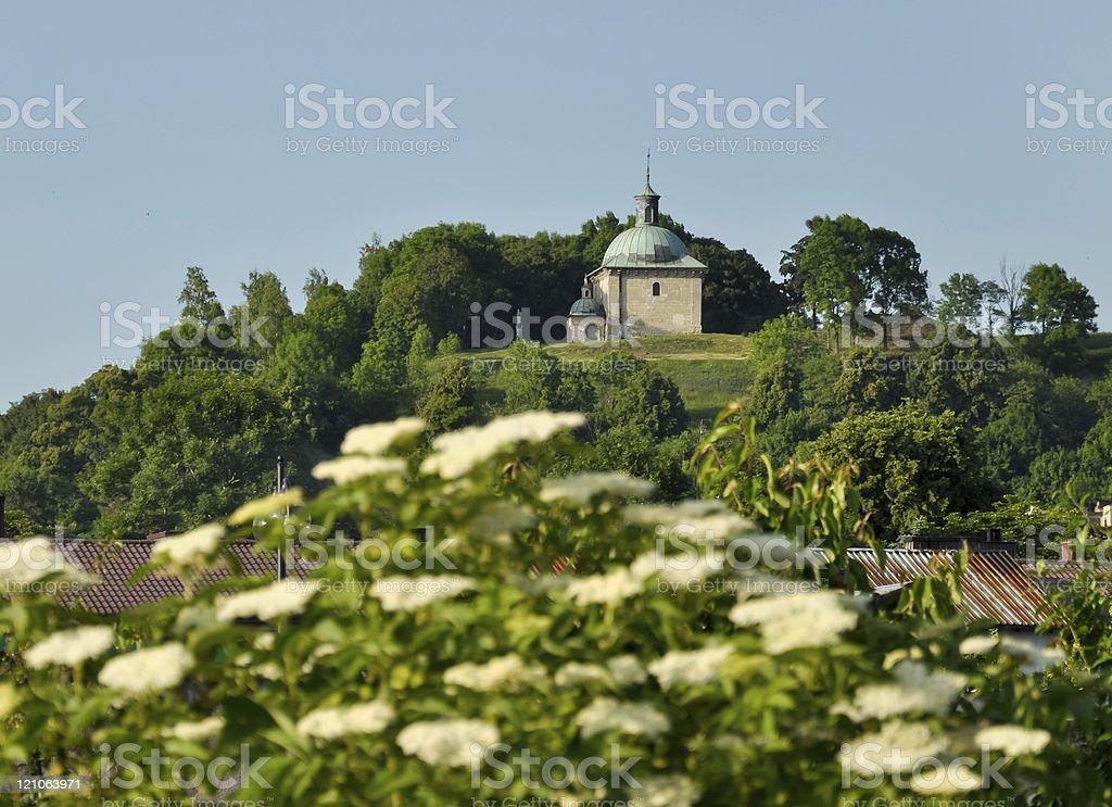 Einzigartige rennaisance historischen Kapelle auf dem Hügel, Polen Lizenzfreies stock-foto