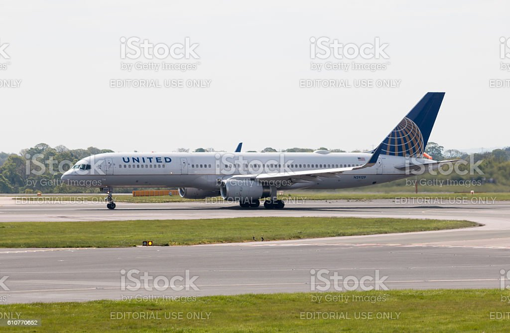 United Airlines Boeing 757 stock photo