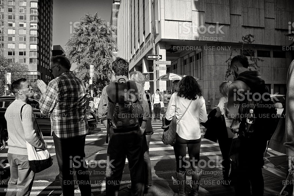 Urban Life, New York City, Pedestrians Waiting to Cross Street stock photo