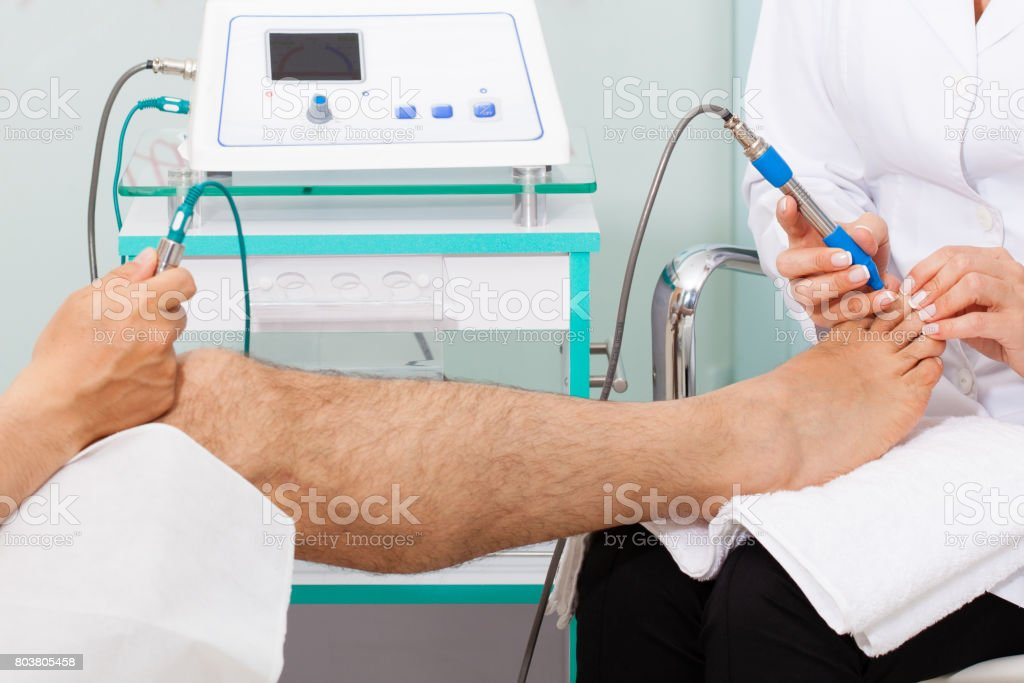 Using electro acupuncture equipment for diagnostic stock photo