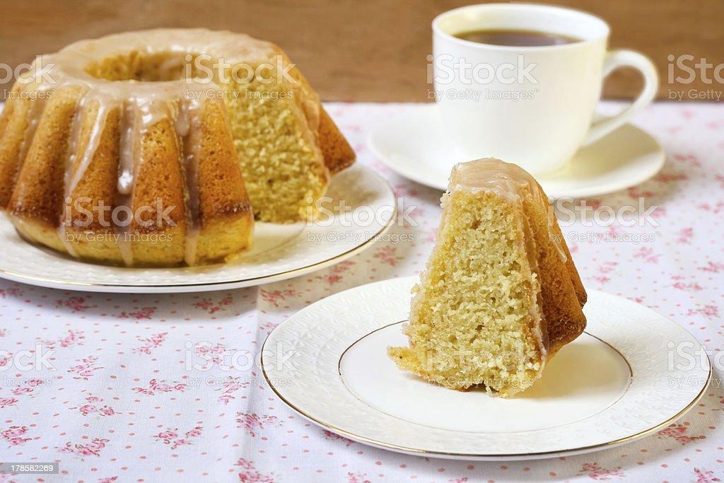 Vanilla and cinnamon bundt cake royalty-free stock photo
