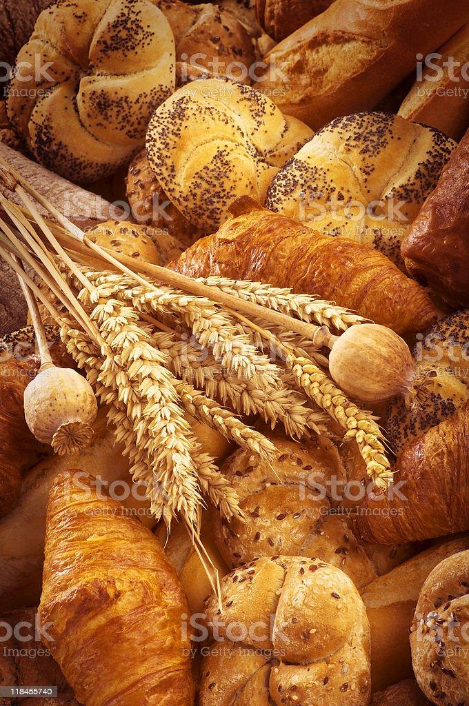 Разнообразие свежий хлеб и выпечка Стоковые фото Стоковая фотография