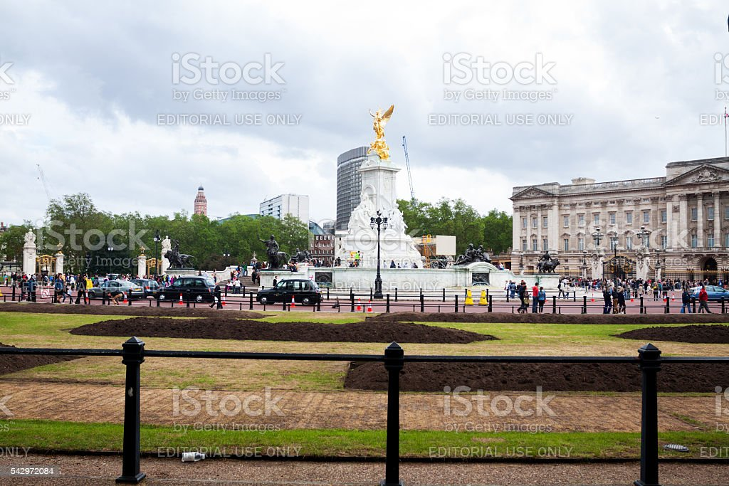 Victoria Memorial and Buckingham Palace stock photo