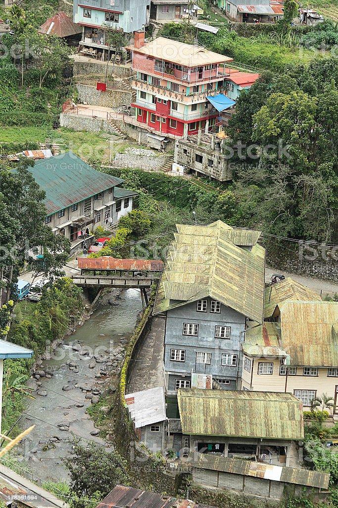 Vista di Banaue Village e del fiume foto stock royalty-free