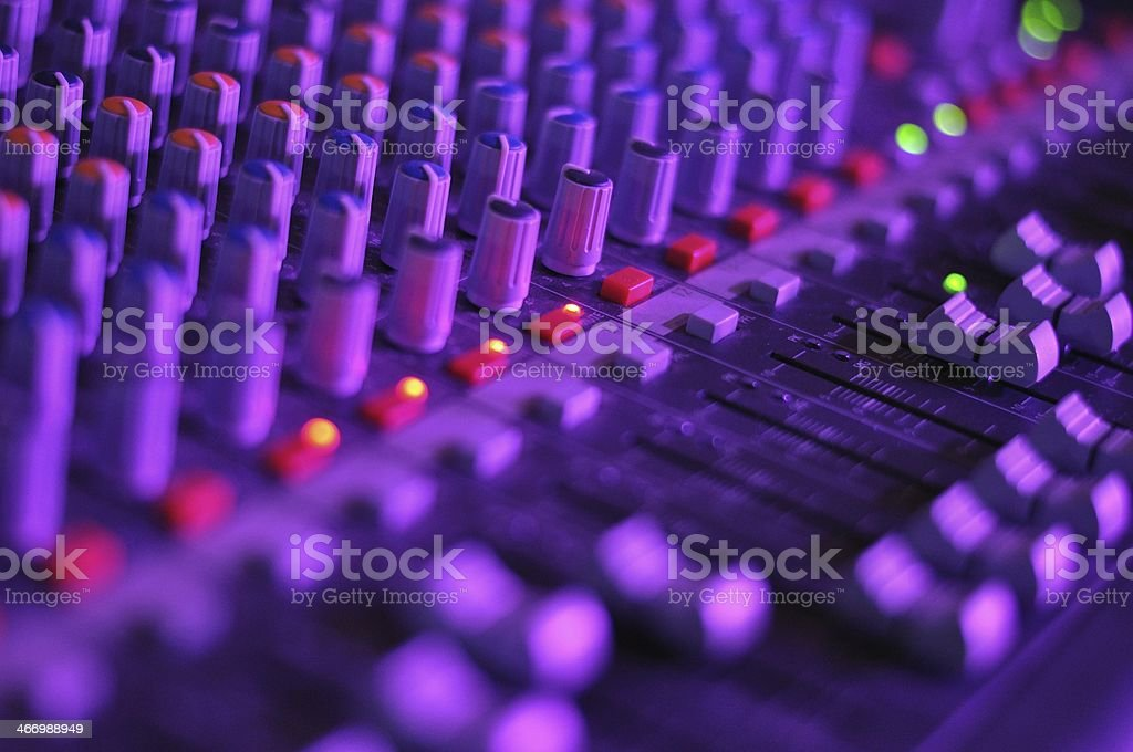 Widok Muzyka mikser w Porozumieniu, wypełnione światła zbiór zdjęć royalty-free