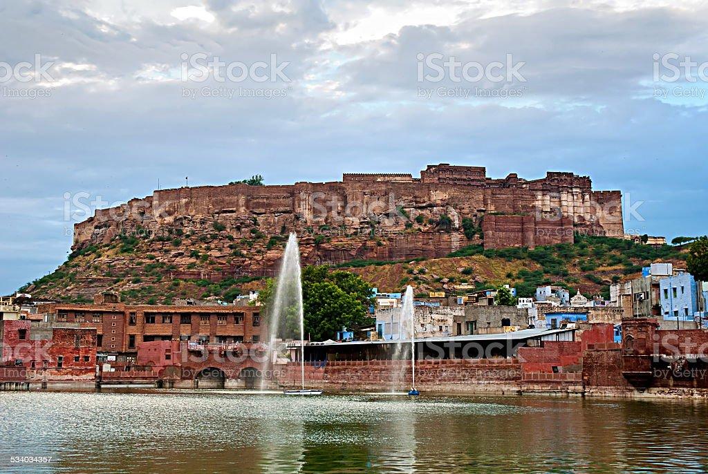 Vue du Mehrangarh Fort, un Jodhpur, Rajasthan, Inde. photo libre de droits